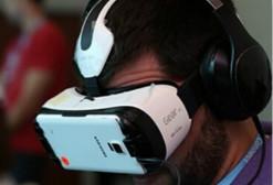 超过55%的人相信VR在几年内会像智能手机一样流行