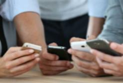 中国智能手机用户明年将达13亿