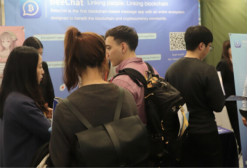 BeeChat亮相首尔,共建Token新生态