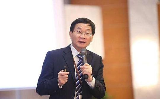 上海市人民政府参事盛松成:更多用区块链服务实体经济